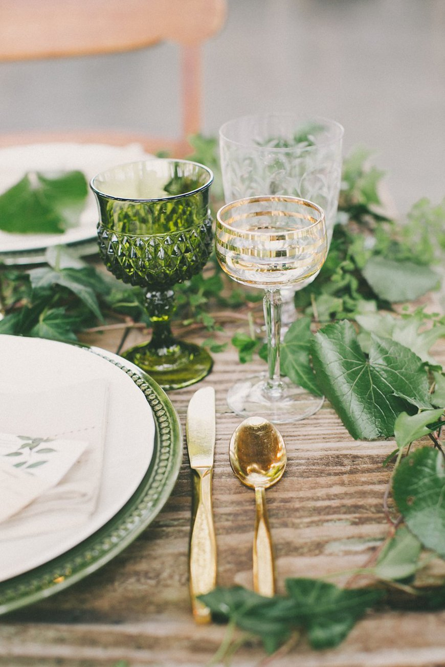 Wedding Ideas By Colour: Green Wedding Table Decorations - Linen and glassware | CHWV