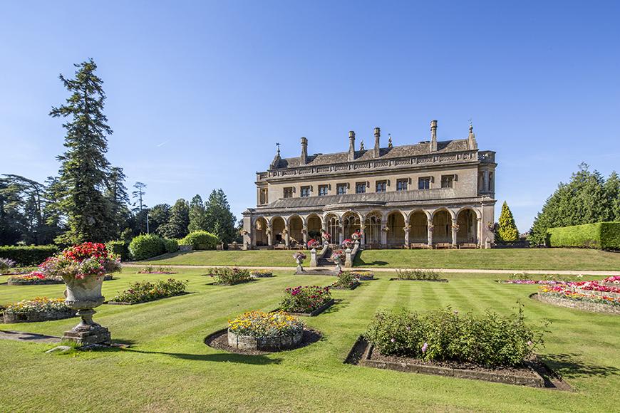 8 Wonderful Wiltshire Wedding Venues - Grittleton House | CHWV