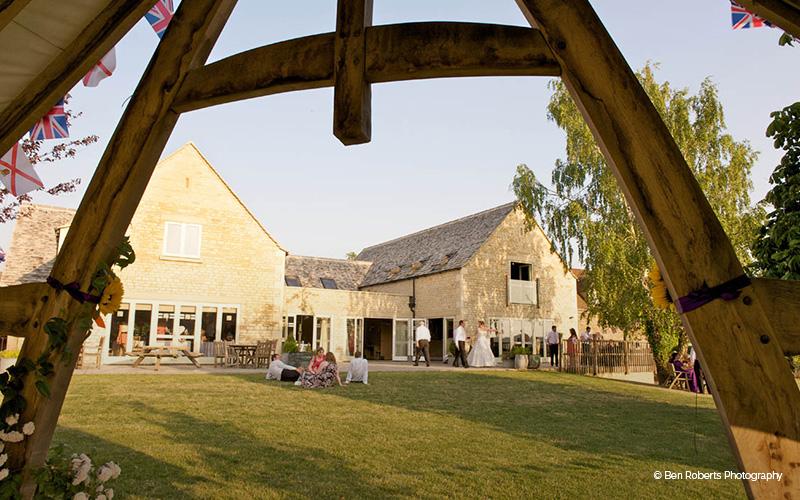 Barn Wedding Venue in Gloucestershire | Hyde Barn | CHWV