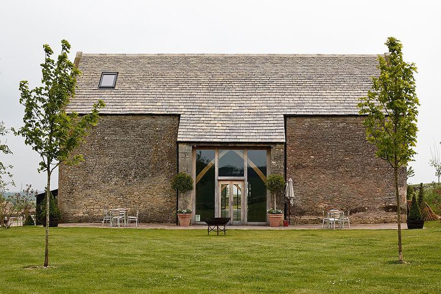 20 Incredible Barn Venues for the Perfect Summer Wedding - Stone Barn | CHWV