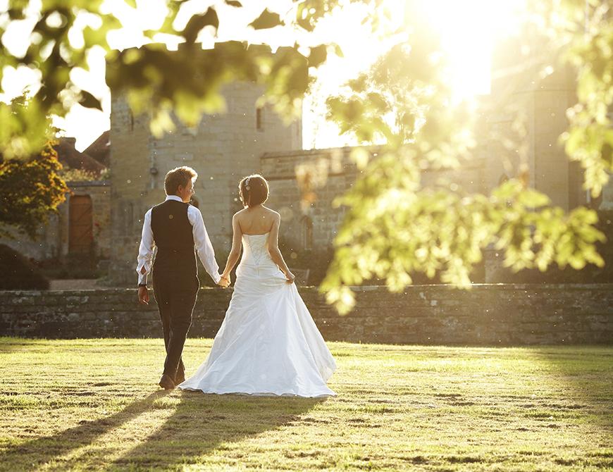 13 Incredible Castle Wedding Venues - Chiddingstone Castle | CHWV