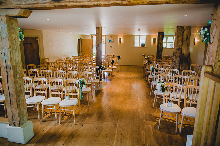 10 Incredible Country-Chic Wedding Venues - Bury Court Barn | CHWV