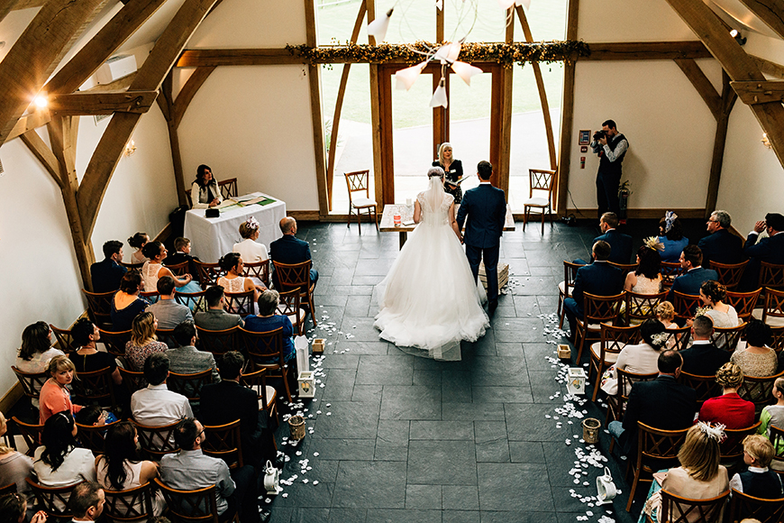 10 Incredible Country-Chic Wedding Venues - Mythe Barn | CHWV