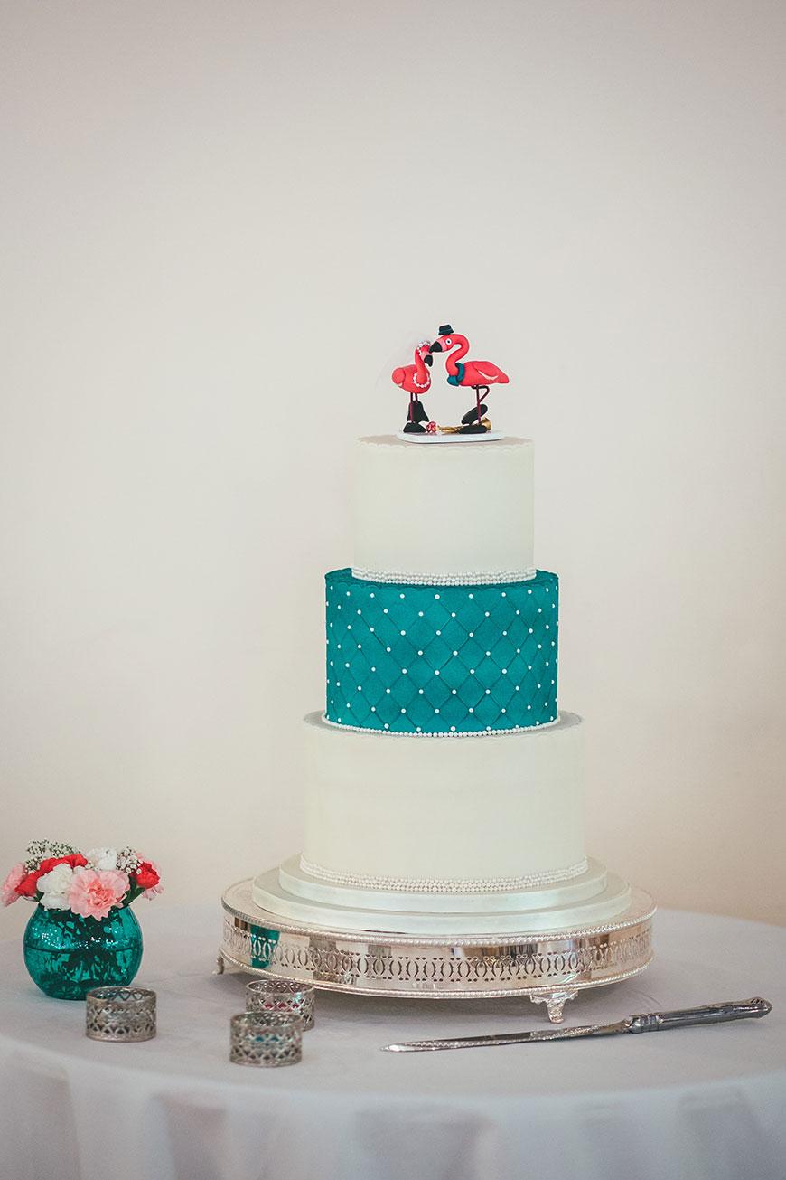 Isobel and Russ Rivervale Barn - Wedding cake   CHWV