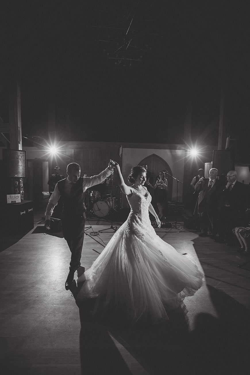 Isobel and Russ Rivervale Barn - First dance | CHWV