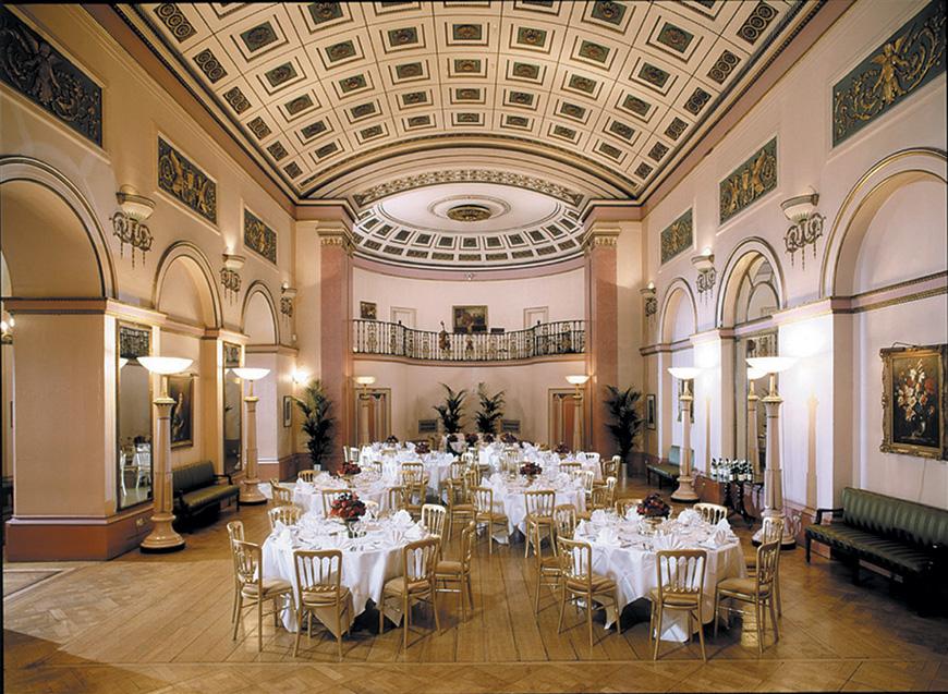7 Lush London Wedding Venues - Lansdowne Club | CHWV