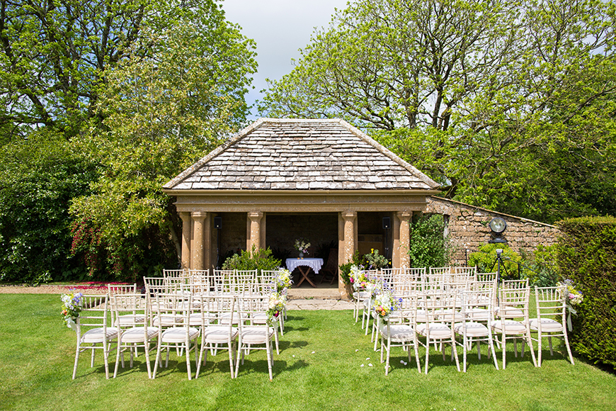 The Most Amazing Spring Wedding Venues - Mapperton | CHWV