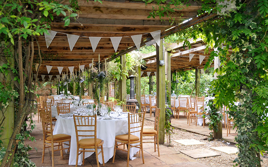 27 Intimate Wedding Venues That You Have To See - Maunsel House | CHWV