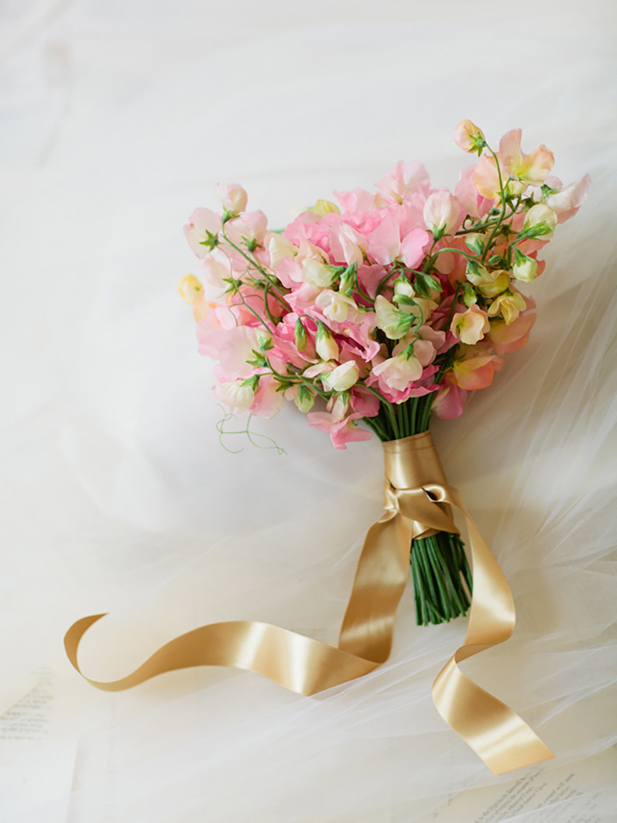 Wedding Flowers In Season: May Wedding - Sweetpeas | CHWV