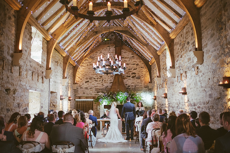 20 Modern Wedding Venues That You Have To See - Healey Barn | CHWV