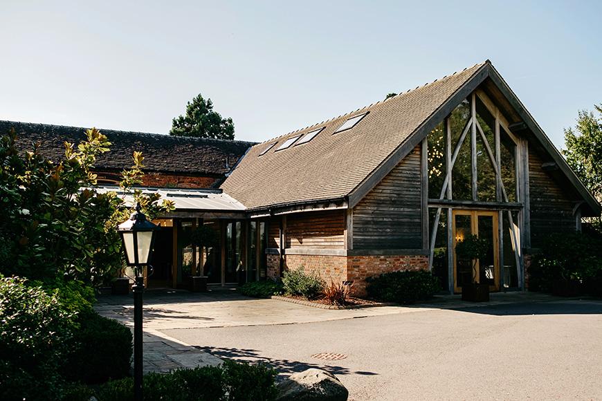6 Stunning Staffordshire Wedding Venues - Mythe Barn | CHWV