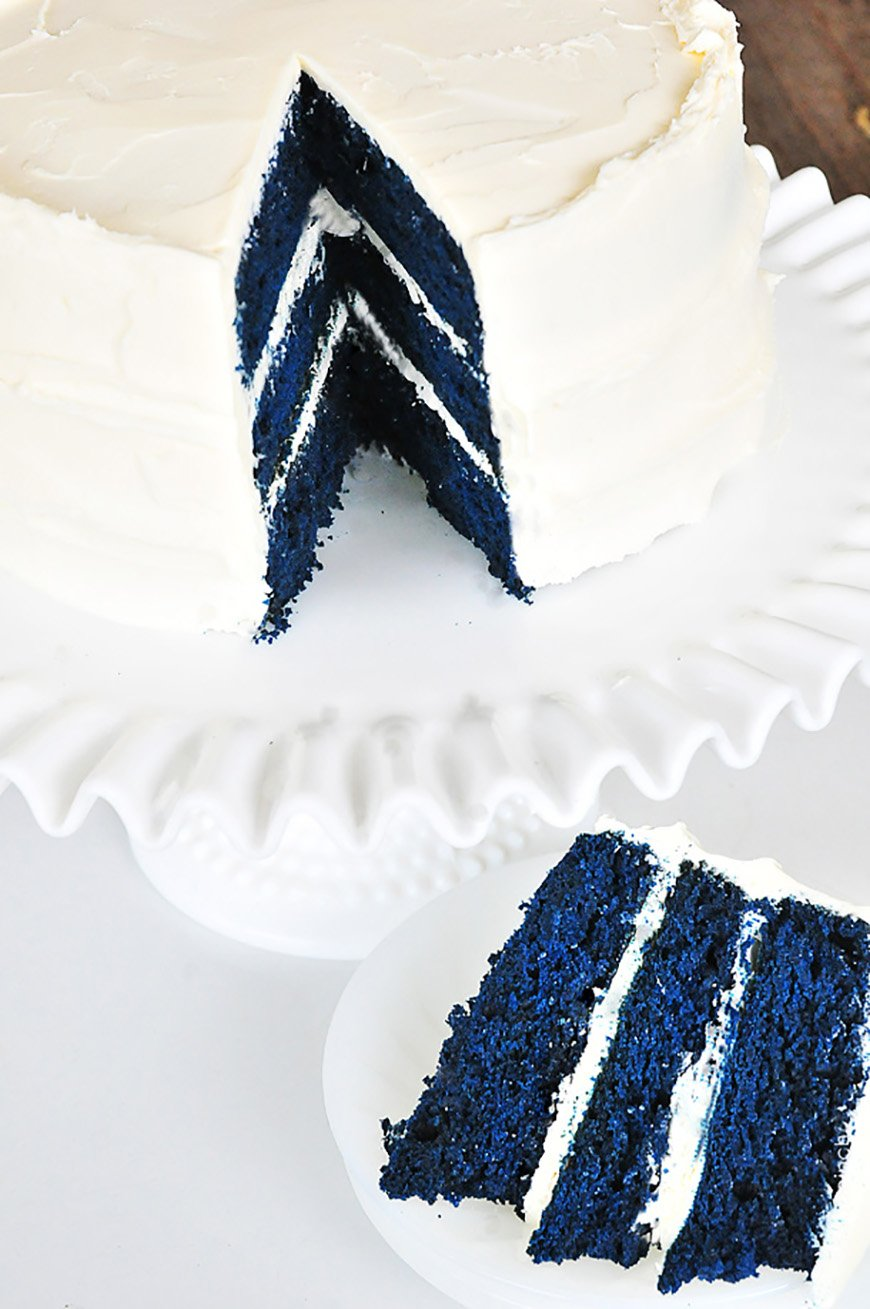 Navy Wedding Cake Decorations - Something different | CHWV