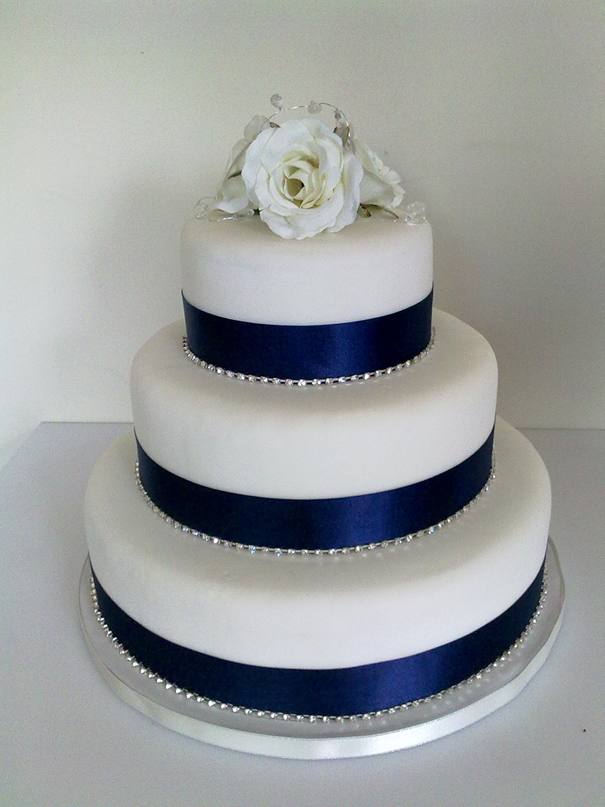 navy blue wedding cakes navy wedding cake decorations wedding ideas by colour chwv 17778
