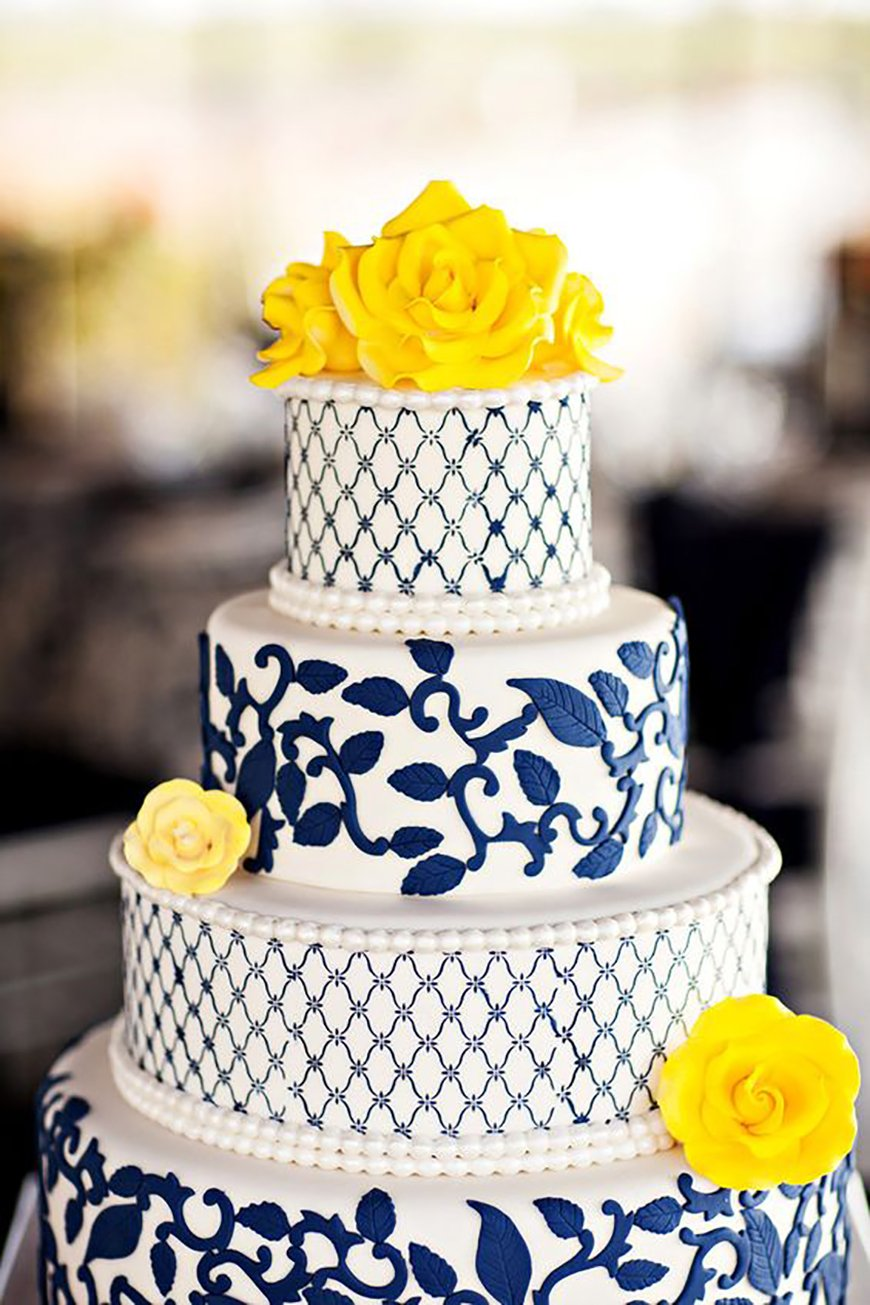Navy Wedding Cake Decorations - Bright and beautiful | CHWV