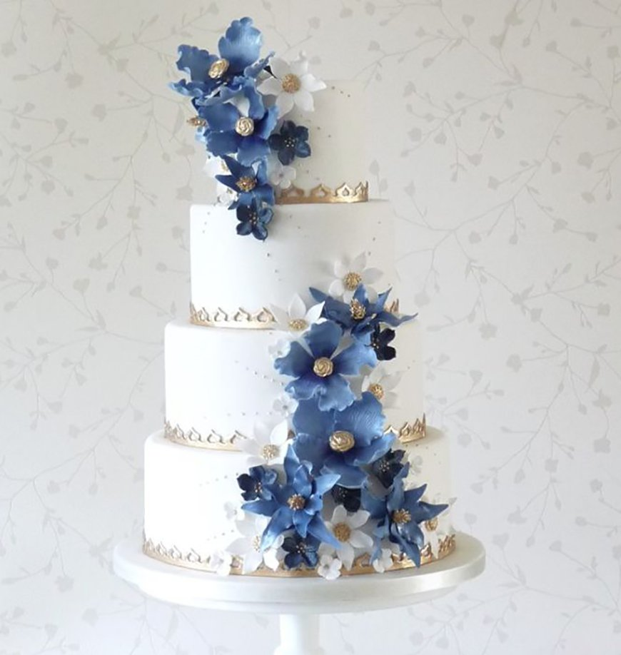 Navy Wedding Cake Decorations - Fabulous florals | CHWV