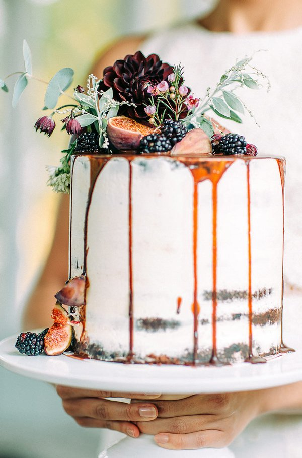 Non-Traditional Wedding Cakes – Drip Cakes - Ruffled Blog | CHWV