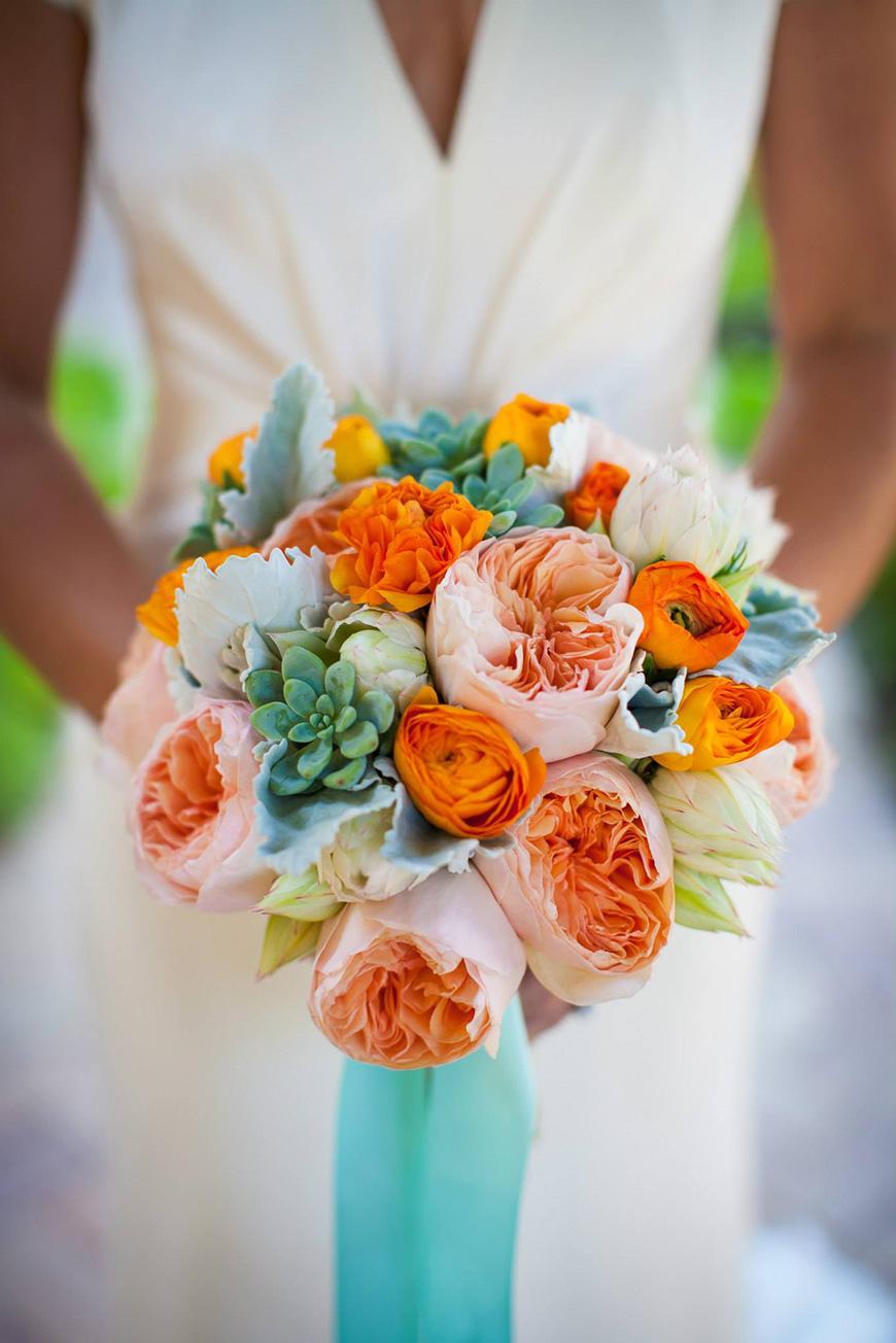 Wedding Ideas by Colour: Orange Wedding Flowers - The overseas | CHWV