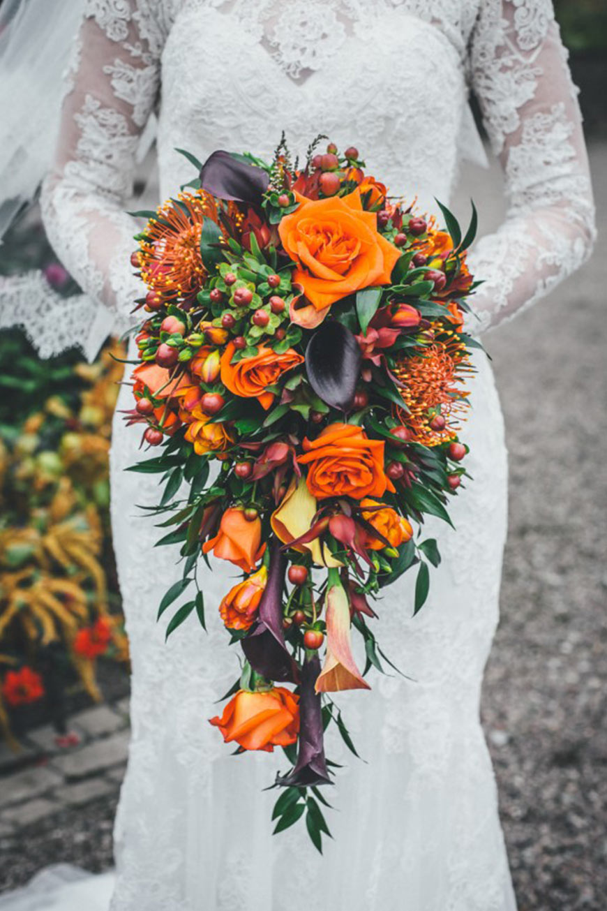 september wedding flowers | wedding flowers in season | chwv