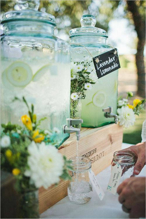 Trend Alert – Summer Inspiration for The Perfect Wedding Drinks Reception - Lemonade | CHWV