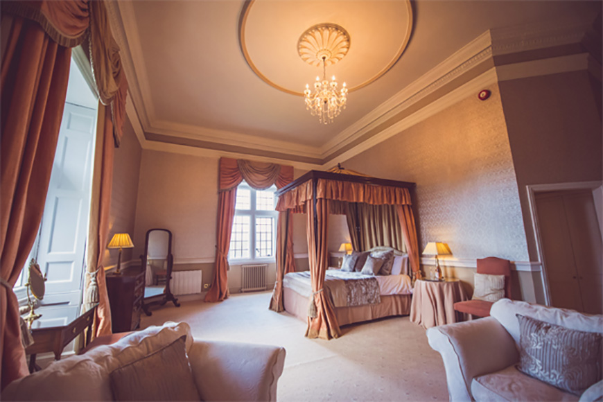 Picking a Wedding Venue with Accommodation - Clearwell Castle | CHWV