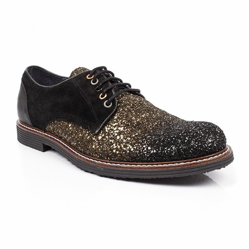 The Best Quirky Wedding Accessories For Grooms - Shoes | CHWV