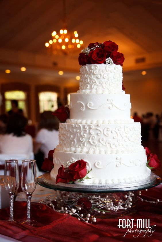 Wonderfully Beautiful Wedding Cake