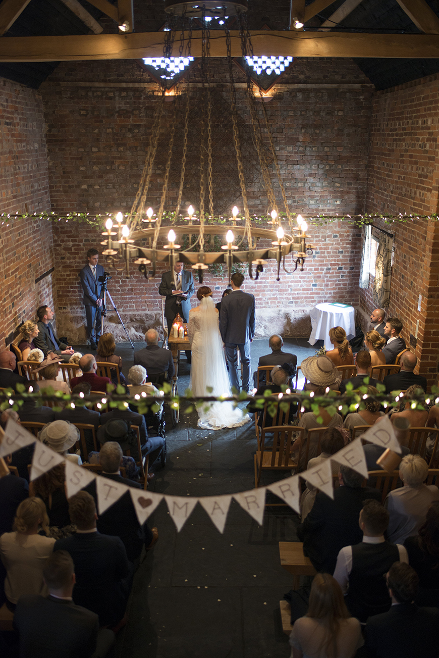 34 Romantic Wedding Venues That You'll Fall In Love With - Curradine Barns | CHWV