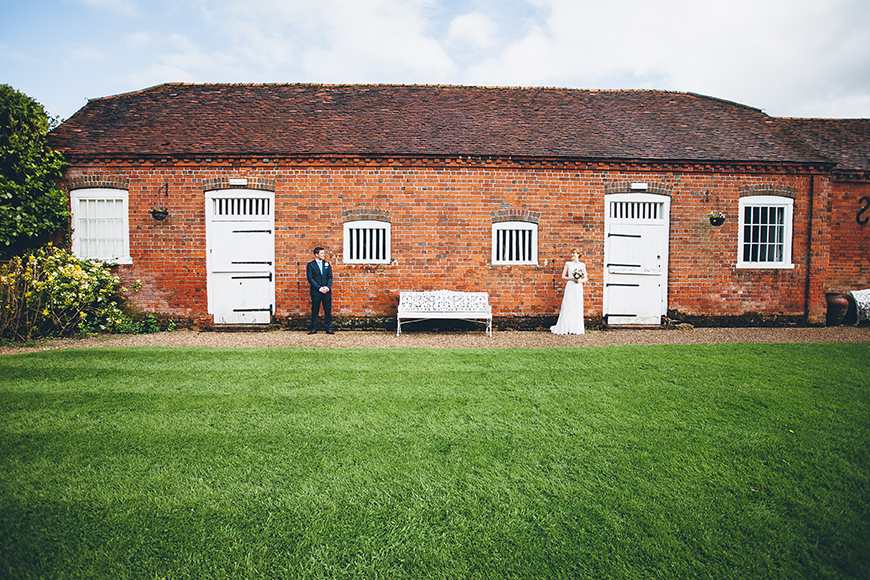 17 Romantic Wedding Venues In The South East - Lillibrooke Manor | CHWV