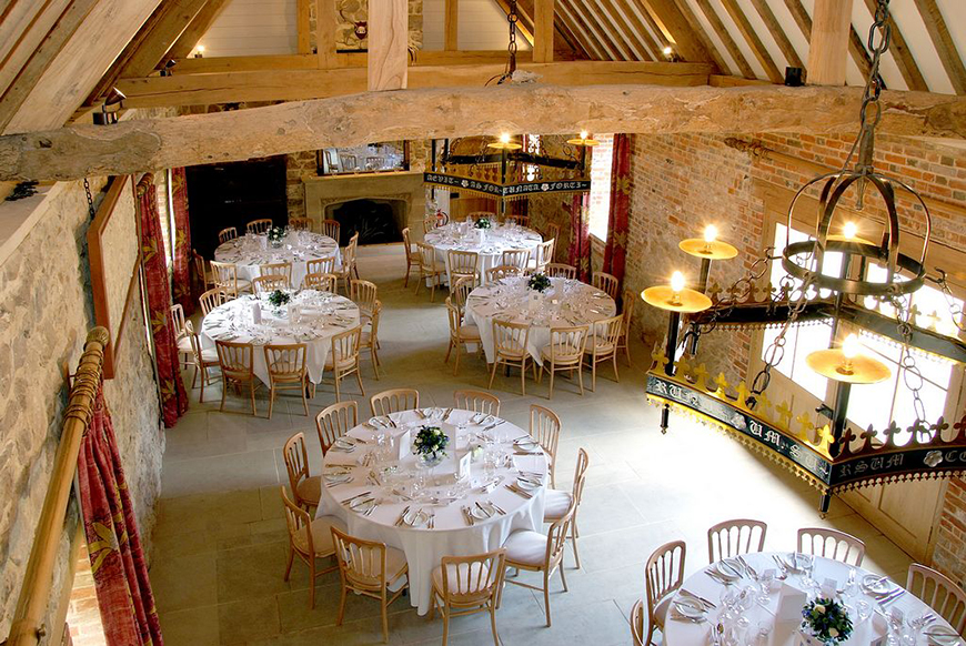 34 Romantic Wedding Venues That You'll Fall In Love With - Rockley Manor | CHWV