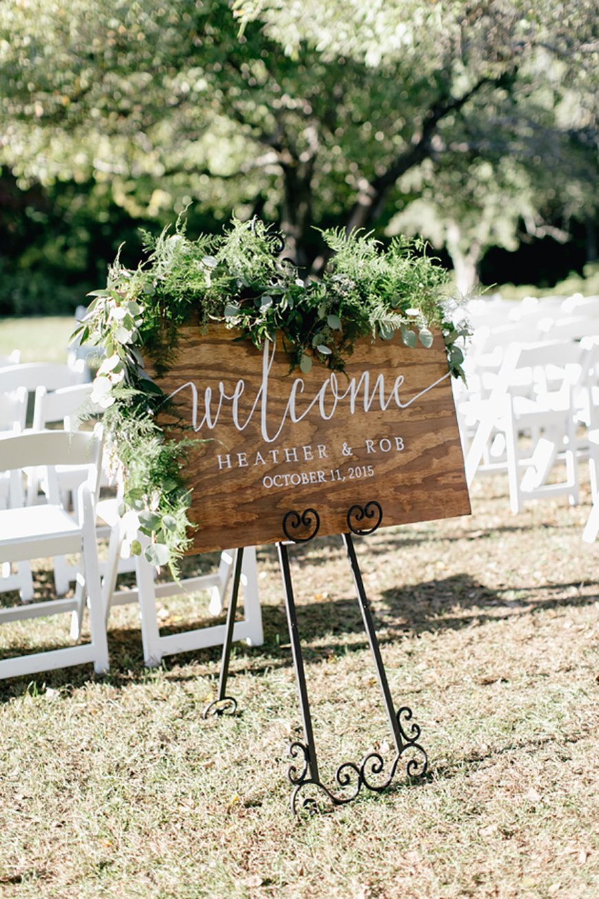 Sage green wedding theme wedding ideas by colour chwv for Green spring gardens wedding