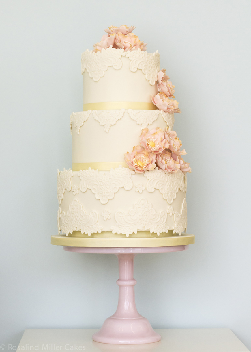 14 Stunning Spring Wedding Cakes