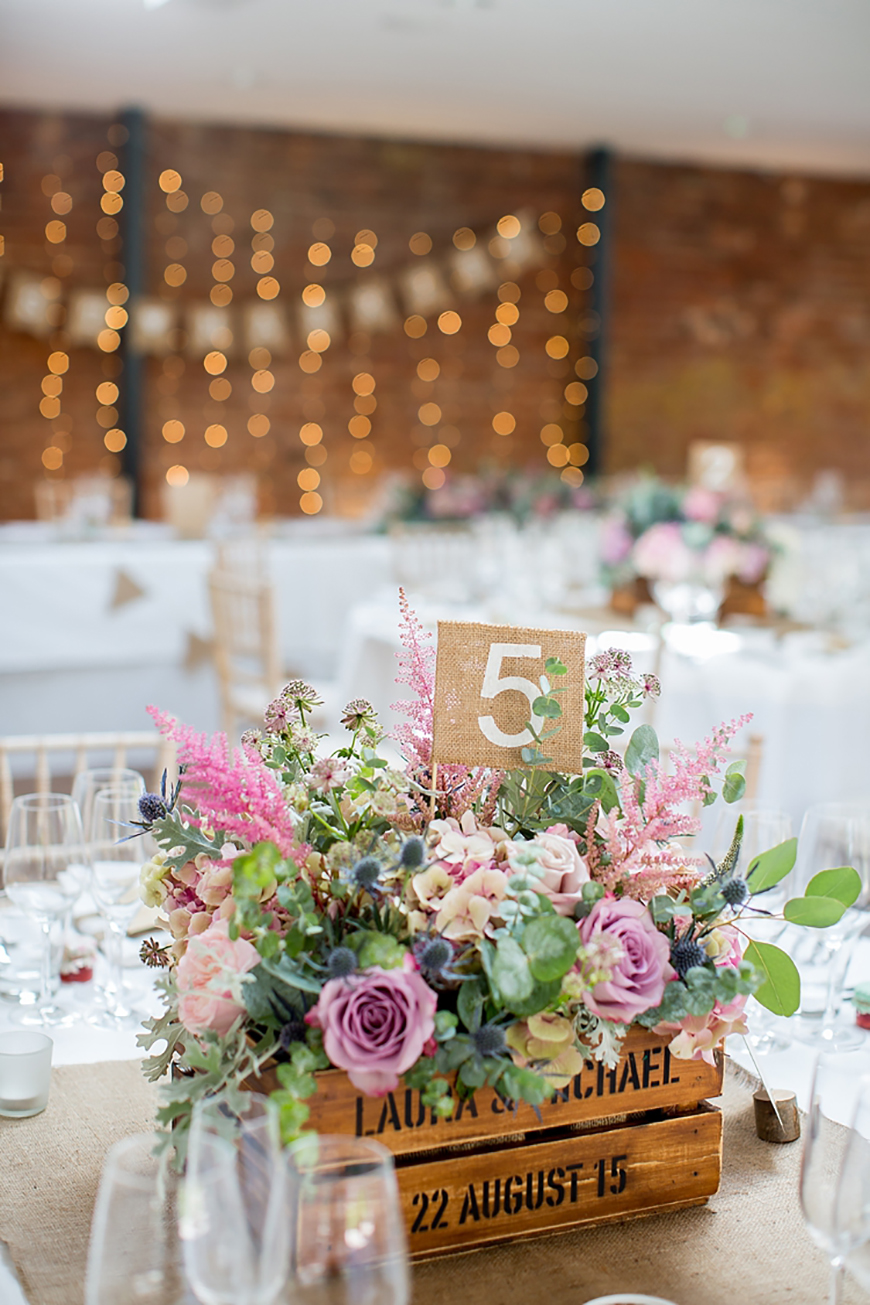 How To Style Those Amazing Marquee Wedding Venues - Country Chic | CHWV