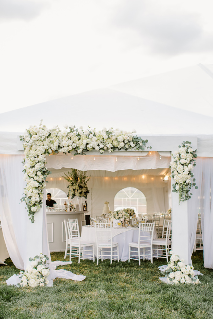 How To Style Those Amazing Marquee Wedding Venues - Elegant | CHWV