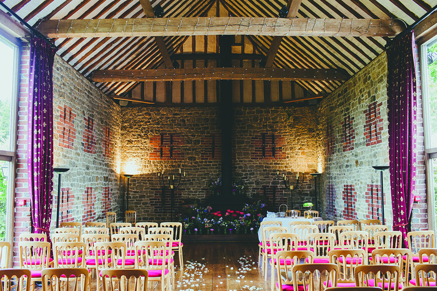 7 Summer Wedding Venues In Sussex - Bartholomew Barn | CHWV