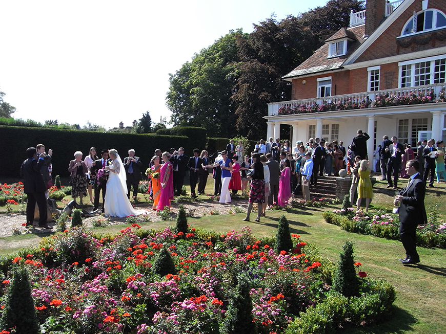 7 Summer Wedding Venues In Sussex - Saltcote Place | CHWV