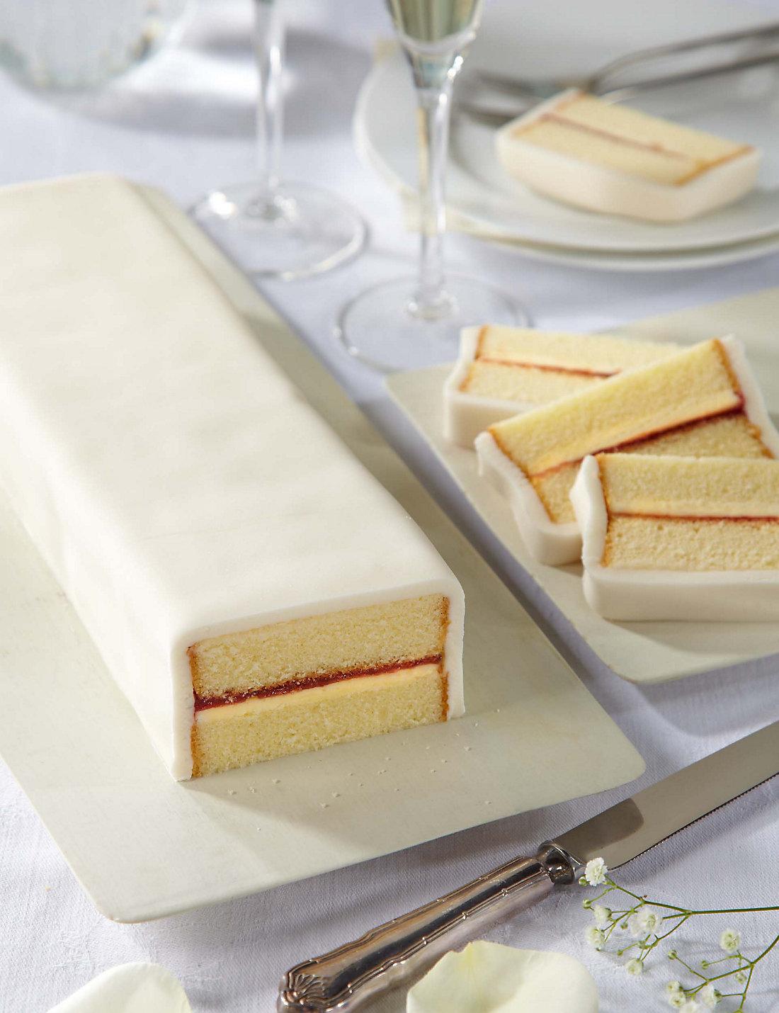 Supermarket Wedding Cakes | CHWV