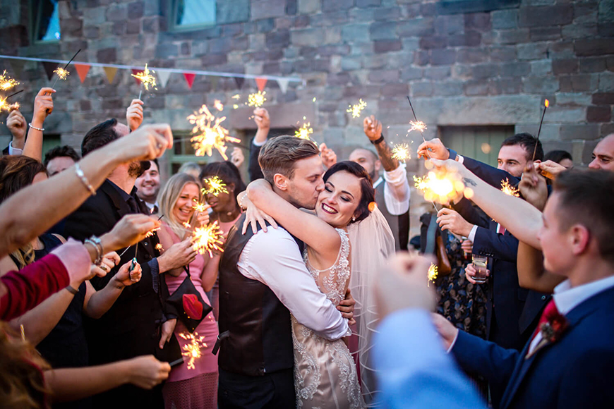 10 Unmissable Midlands Wedding Venues - The Ashes | CHWV