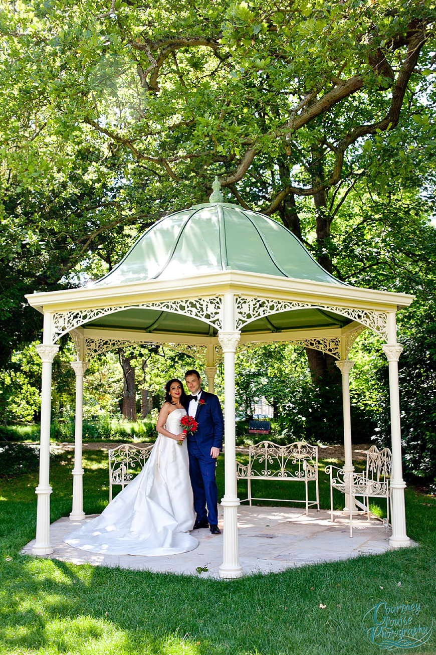The Best Garden Wedding Venues For Summer   Manor By The Lake | CHWV