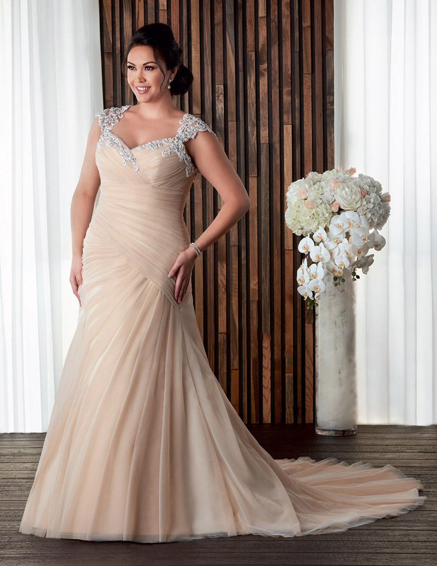 bd2839ba6a6 10 Of The Best Plus Sized Wedding Dresses