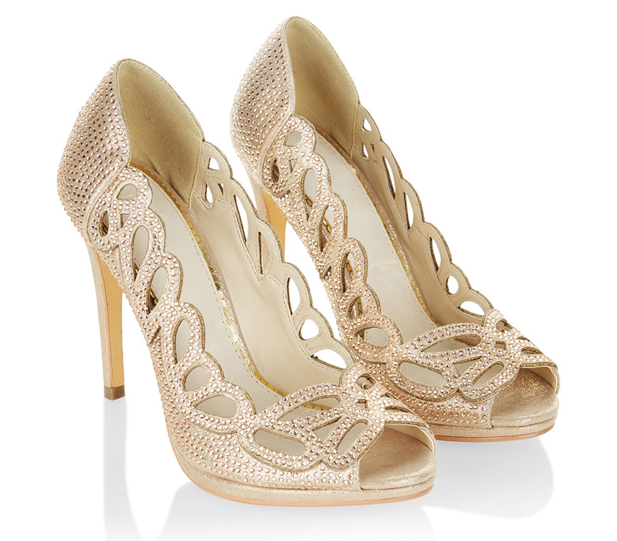 The Best Wedding Shoes for a Winter Wedding - Golden goddess | CHWV