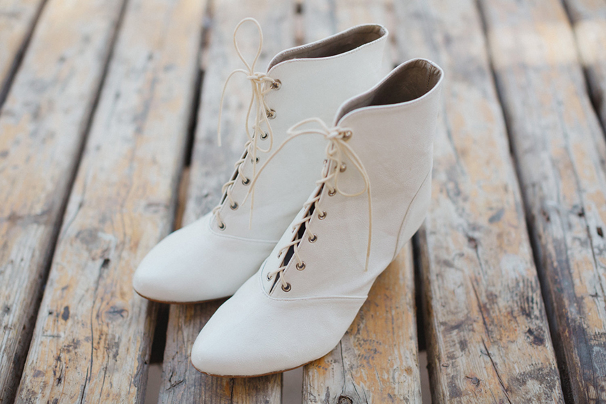 The Best Wedding Shoes for a Winter Wedding - Old boots | CHWV