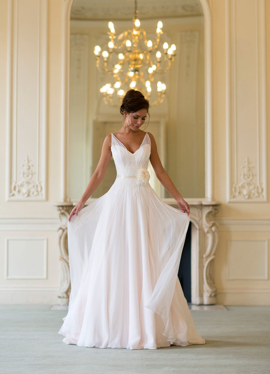 Wedding Dresses That Are Perfect For Summer | CHWV