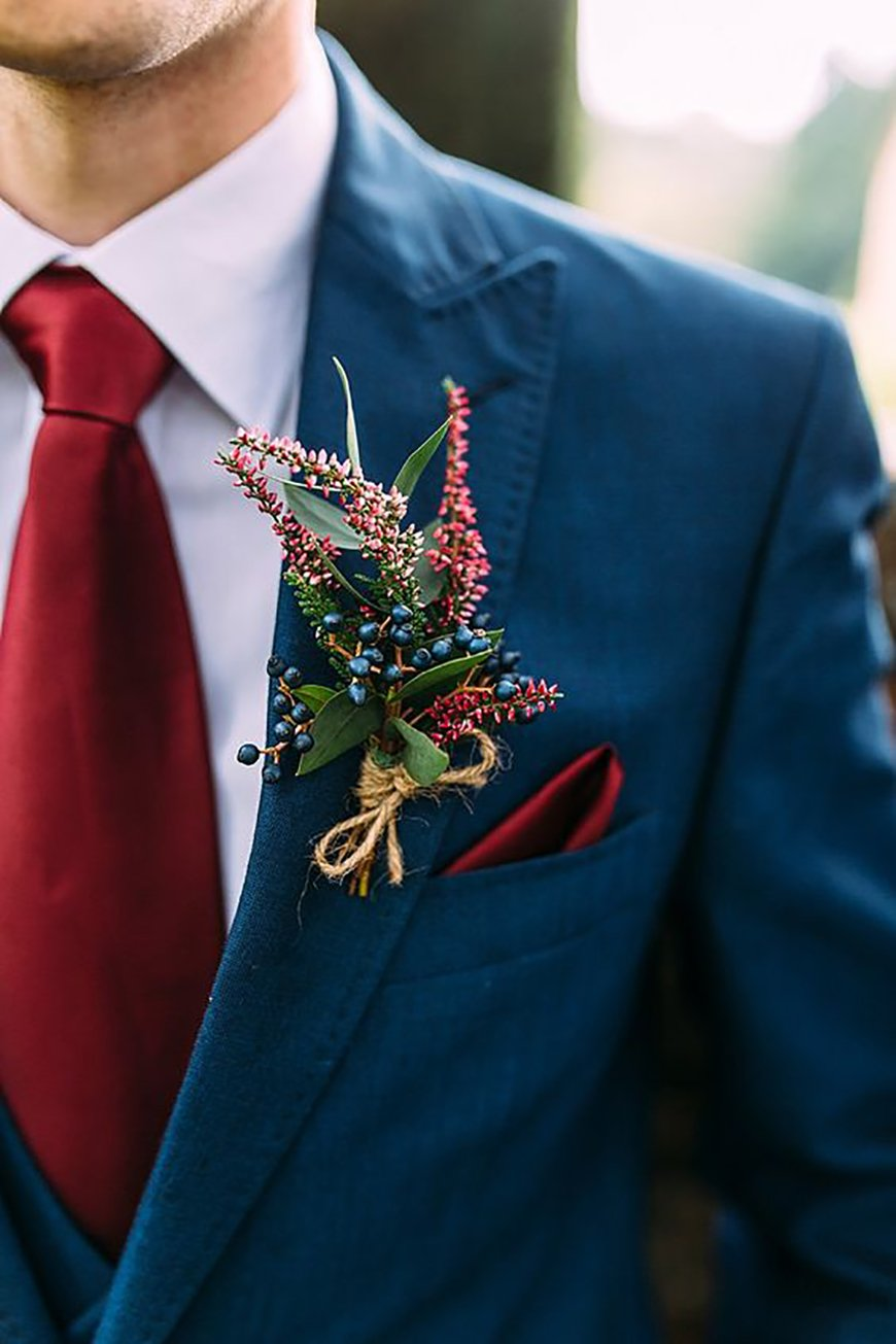 What to Wear to a Winter Wedding: Wedding Guests - Pop of colour | CHWV