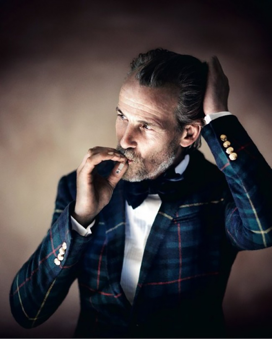 What to Wear to a Winter Wedding: Wedding Guests - Tartan | CHWV