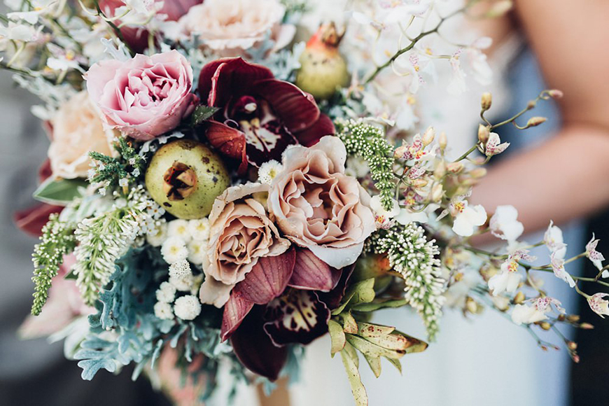 24 Beautiful Winter Wedding Flowers | CHWV