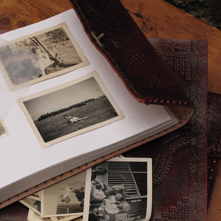 9 Wonderful Wedding Gift Ideas for the Mums - Photo album | CHWV