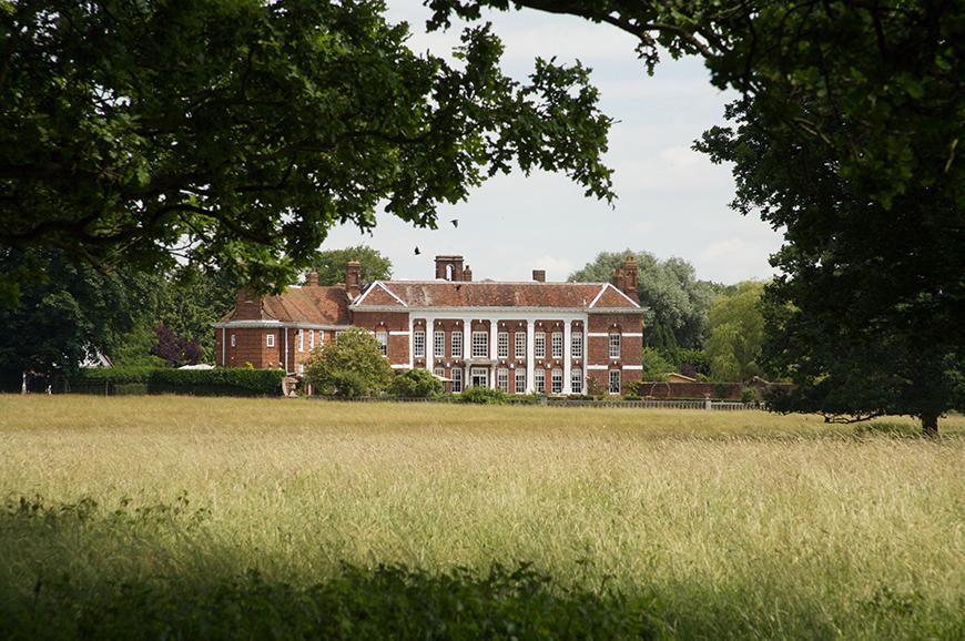 8 Wonderful Wedding Venues In Essex - Parklands | CHWV