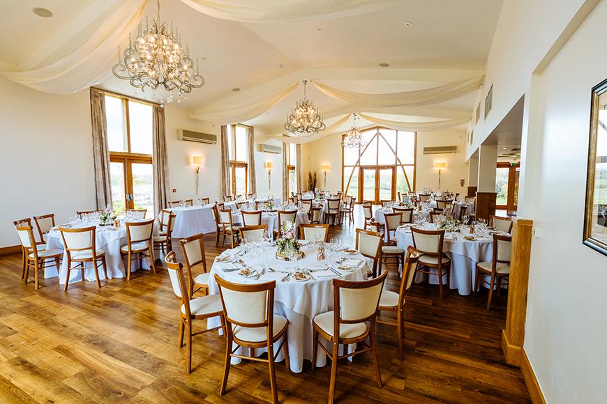 Wonderful Wedding Venues in Warwickshire - Mythe Barn   CHWV