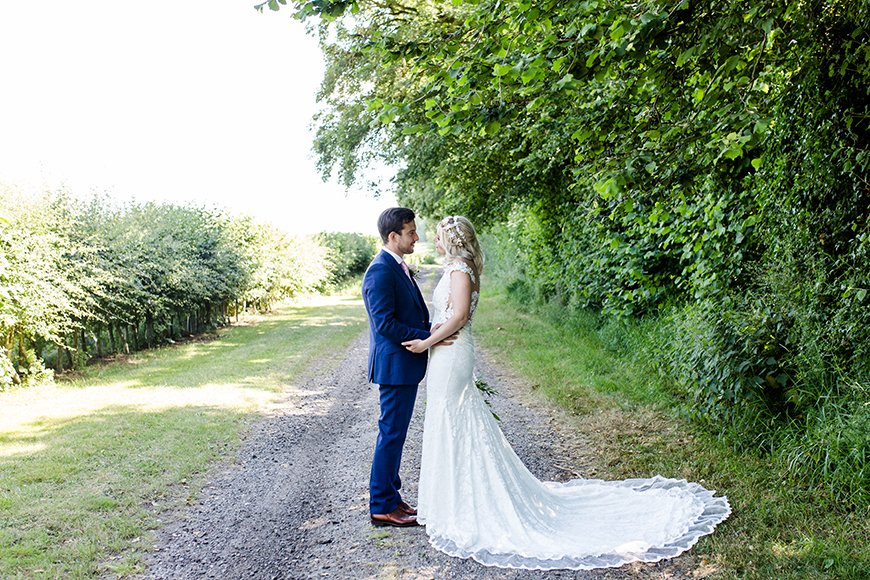 A Guide To Green Weddings - Look local | CHWV