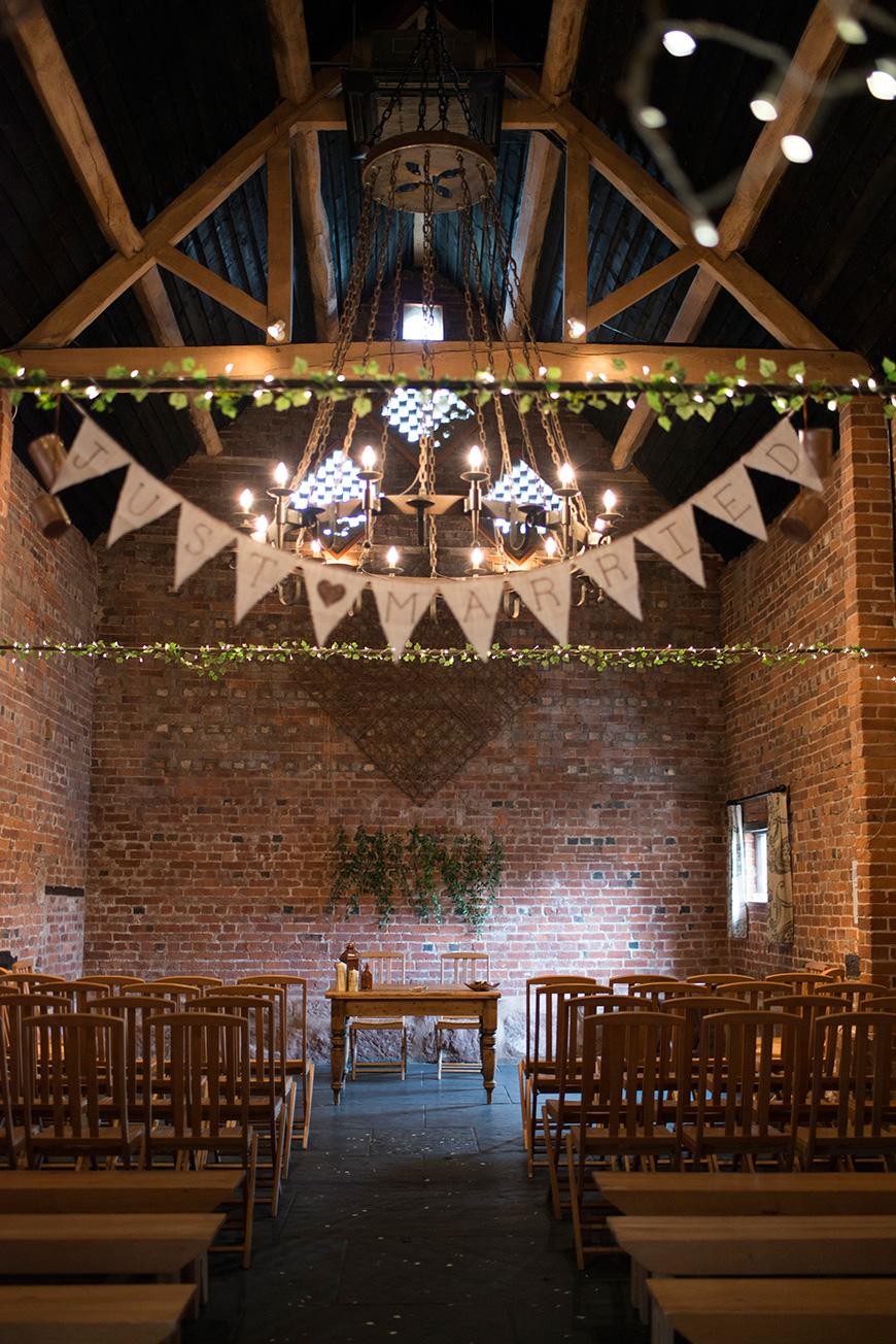 A Rustic Diy Wedding At Curradine Barns Chwv